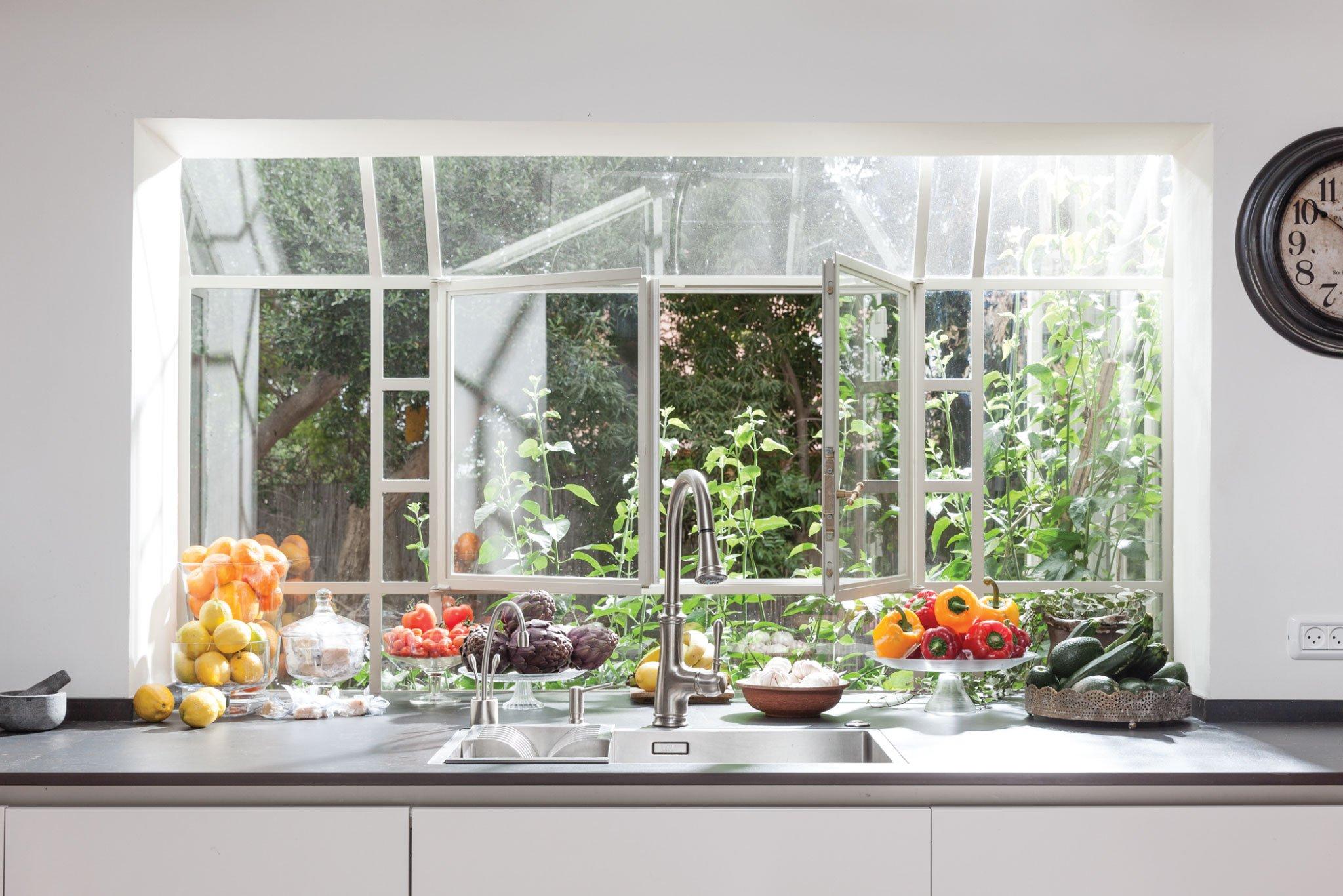 חלון מטבח בלגי